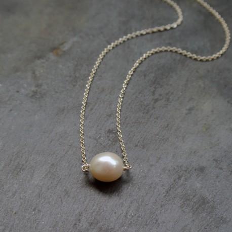 Collier Beluga en perle d'eau douce