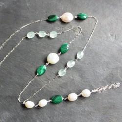 Sautoir Along en malachites, calcédoines baignées et perles
